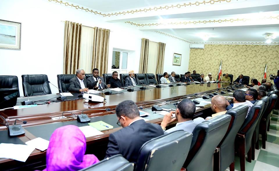 WAR-SAXAAFADEED: – Kal-fadhigii 23-aad Ee Golaha wasiirradda Somaliland Waxa Maanta Lagaga Dooday Amniga, Waxbarashada Iyo Macdanta & Tamarta Oct 18 2018
